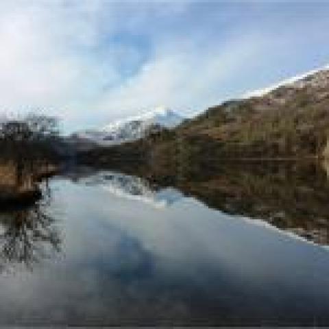 Yr Aran reflected in Llyn Gwynant (John Starkey)